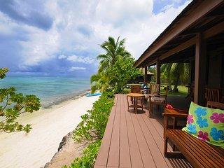 Villas Haapiti Beach by ENJOY VILLAS ( 10 Pax ) - Haapiti vacation rentals