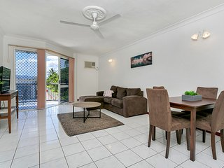 City Sider 40 - Two Bedroom Apartment - Cairns vacation rentals
