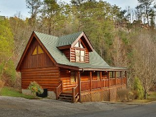 1 BR luxury cabin rental in Bear Creek Crossing Resort with beautiful views. - Sevierville vacation rentals