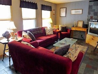 WELLFLEET'S CAPE COD CHARM! - Wellfleet vacation rentals
