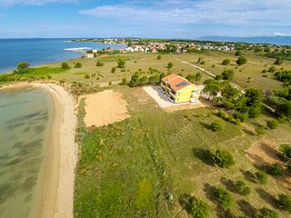 Luxury apartment villa on the beach - Nin vacation rentals