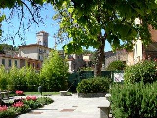 Casa Borgo 12 - Gaiole in Chianti vacation rentals