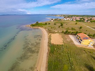 Luxury apartment villa 20 m from sandy beach - Nin vacation rentals