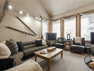 Cozy Condo with Mountain Views and Fireplace - Alta vacation rentals