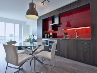 Sapphire - Luxury Furnished Condo All In King West - Toronto vacation rentals