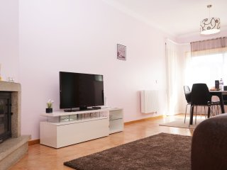 Bessa Luxury Flat by Amber Star Rent - Porto vacation rentals