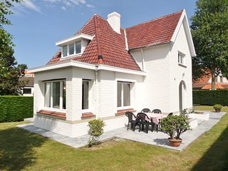 Villa Grillons, votre maison de vacances à la côte belge (300m des plages) - Koksijde vacation rentals