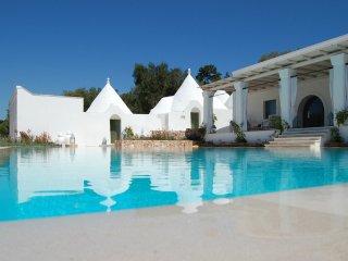 144 Villa Extraluxe with Pool in Ostuni - Ostuni vacation rentals