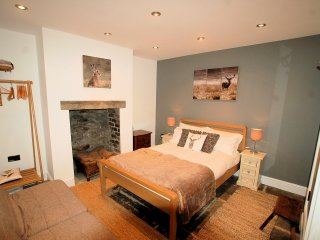 Simon's Cottage, Peak District National Park - Sheffield vacation rentals