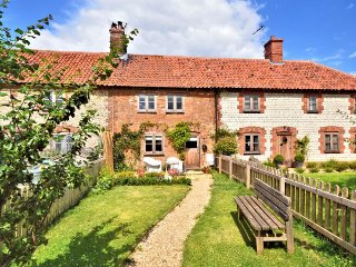 Romantic 1 bedroom House in Ringstead - Ringstead vacation rentals