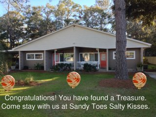 Sandy Toes and Salty Kisses A&B Whole Duplex  Beach Golf Biking Tennis and Fun - Jekyll Island vacation rentals