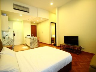 III) LUXURY FAMILY SUITES_STRAITS QUAY MARINA MALL - Tanjung Tokong vacation rentals
