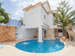 Beautiful 4 bedroom Colonia Sant Pere Villa with Internet Access - Colonia Sant Pere vacation rentals