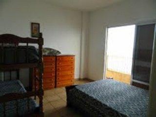 Apto jóia 3 dormitórios frente para o mar - Praia Grande vacation rentals
