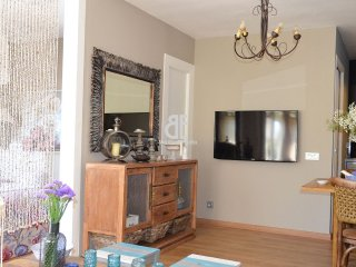 Be Apartment - Beautiful luxury apartment with terrace. 2 bedrooms and 1 - Lloret de Mar vacation rentals