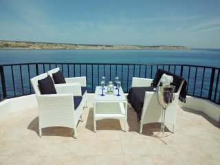 On the Seafront Penthouse Stunning Panoramic Ocean Views WiFi - Mellieha vacation rentals