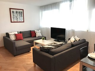 Two bedroom apartment in Sants area - Barcelona vacation rentals