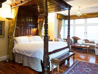 Grand Room Apartment - Lynton vacation rentals