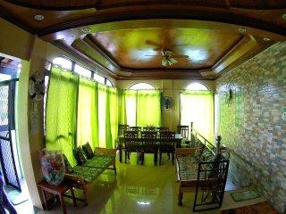LAIYA BEACH HOUSE-Rexon&Kiten-Sleeps 30 pax(former CATILO beach house) - Batangas vacation rentals