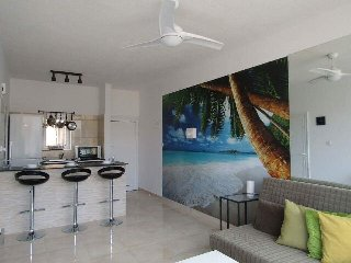 Gr8padz Pool View 1 bedroom apartment. Central Agia Napa - Ayia Napa vacation rentals