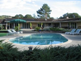 Beautiful Estate on 3.5 Acres, Pool, Putting Green - Sonoma vacation rentals