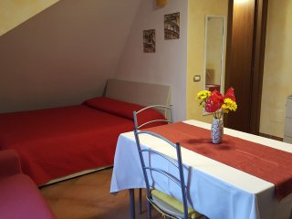Cozy 1 bedroom Boccea Apartment with A/C - Boccea vacation rentals