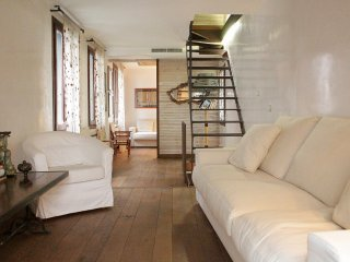 VENETIAN HOUSE WITH TERRACE - Venice vacation rentals