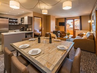 Bright 3 bedroom Val Thorens Apartment with Internet Access - Val Thorens vacation rentals