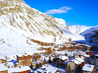 Beautiful Val-d'Isère vacation Condo with Shared Outdoor Pool - Val-d'Isère vacation rentals