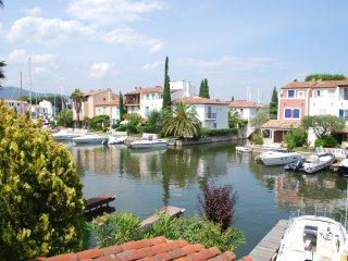 Villa Tackle - Port Grimaud vacation rentals