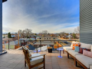 Sloan's Lake Luxury Townhome~ near Downtown Denver!! - Denver vacation rentals