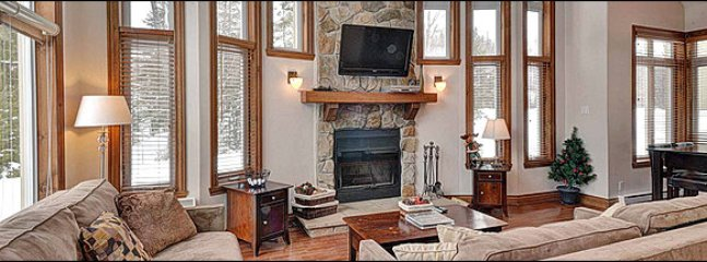 Lovely 2 bedroom House in Mont Tremblant - Mont Tremblant vacation rentals