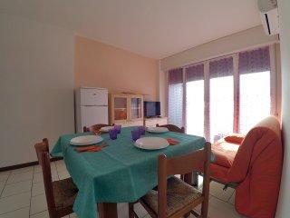 Appartamento con aria condizionata e spiaggia privata a Lido di Pomposa - Lido di Pomposa vacation rentals