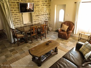 1 bedroom Farmhouse Barn with Microwave in Colne - Colne vacation rentals