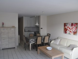 Koksijde, Apartment 6 pers central location - modern - Koksijde Bad vacation rentals
