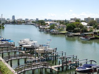 Luxury Waterfront Townhome - Clearwater vacation rentals