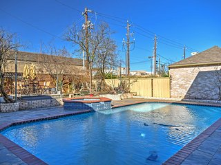 NEW! 2BR Sugar Land Apt w/Pool & Volleyball Court! - Sugar Land vacation rentals