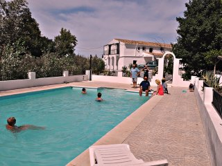 Bright 8 bedroom Baza Villa with Internet Access - Baza vacation rentals