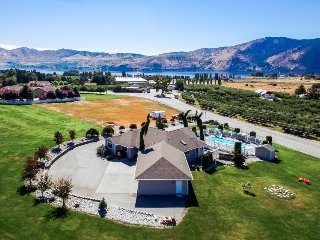 Gorgeous home with private pool and hot tub, huge lawn, lake views! - Manson vacation rentals