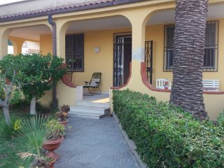 Pleasent apartment in Arenella - Syracuse vacation rentals
