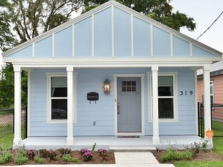 Downtown-Adjacent Elegant and Well-Appointed Cottage - Pensacola vacation rentals