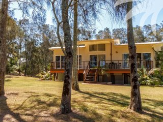 3 bedroom House with A/C in Coomba Park - Coomba Park vacation rentals