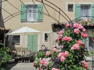 Romantic House with Internet Access and Wireless Internet - Tavernes vacation rentals
