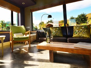 The Parklands -HOT TUB AND PIZZA OVEN! - Dingle vacation rentals