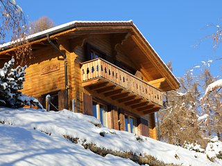 Charming chalet Clochette in 4 Vallees ski resort with 10% Skiticket discount - La Tzoumaz vacation rentals