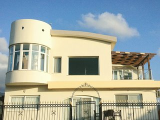 Stunning 5 bed villa in Krystal Koy, 23 Caesar Bay, Tatlisu - Tatlisu vacation rentals