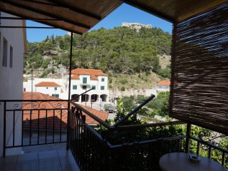 AP/2 persons in the center - Hvar vacation rentals