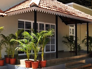 7 bedroom House with Satellite Or Cable TV in Ambalavayal - Ambalavayal vacation rentals