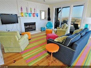 Luxurious & colorful 6 bed/5.5 bath beach home - Duck vacation rentals