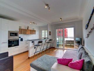 Appartement moderne à 20 mètres de l'océan et 3 minutes de la plage, La Caleta - La Caleta vacation rentals